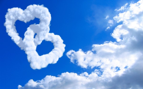 2-hearts-in-clouds-hd